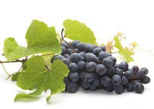 Чем полезен виноград.