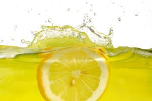 Лимон- наш старый знакомый.