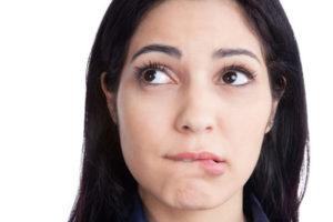 Что делать, если губы зимой шелушатся?