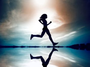 Ходьба пешком поможет вам похудеть без лишних усилий.