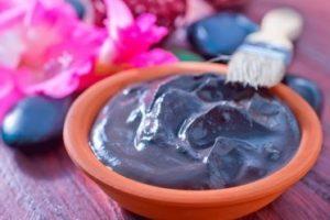 Как избавиться от целлюлита с помощью косметической глины.